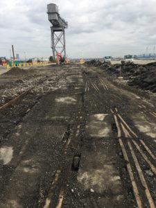 新港ふ頭9号岸壁背後地支障物撤去工事(その2)